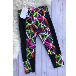 NWT Fabletics Penzy Capri tribal print leggings